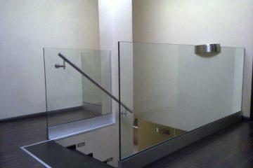 alsó alusínes Beltéri üvegkorlát